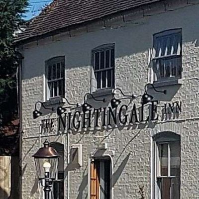 The Nightingale Pub Resta 007